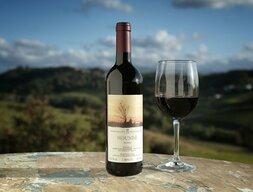 plp_product_/wine/cascina-degli-ulivi-mounbe-2013